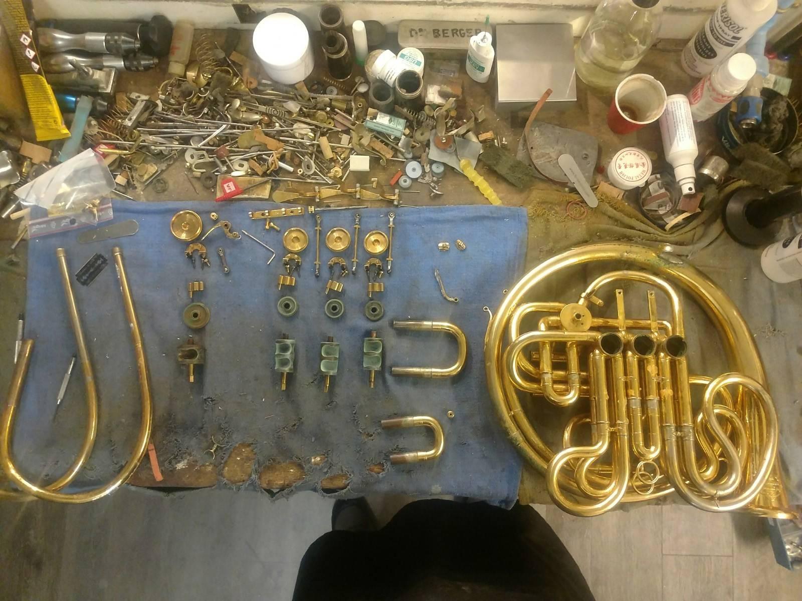 instrument en réparation